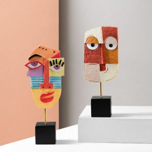 Nordic Resin Crafts Abstract Face Art Ornament Creative Living Room Wine Cabinet Decoration Manual Resin Home Decoration