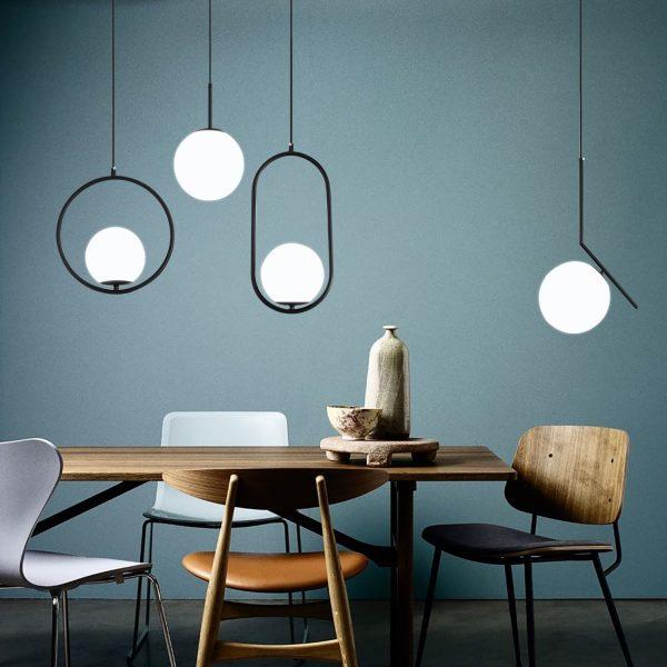 Lampes suspendues LED nordiques boule de verre et laiton chromé noir, style moderne pour le salon