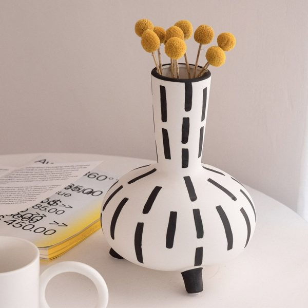 Original hand painted black and white vase handmade retro art round belly line accessories for home decor home furnishings