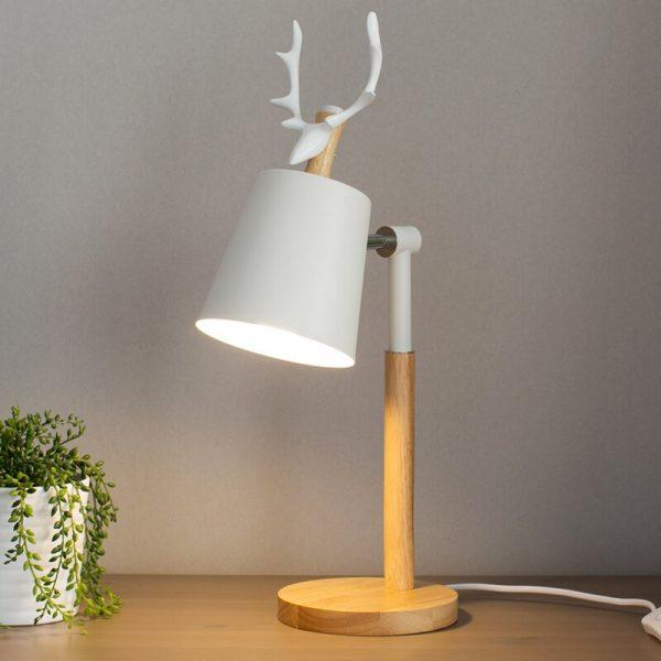 Créatif nordique en bois Art fer LED Simple lampe de bureau Protection des yeux lecture lampe de Table salon chambre décor à la maison