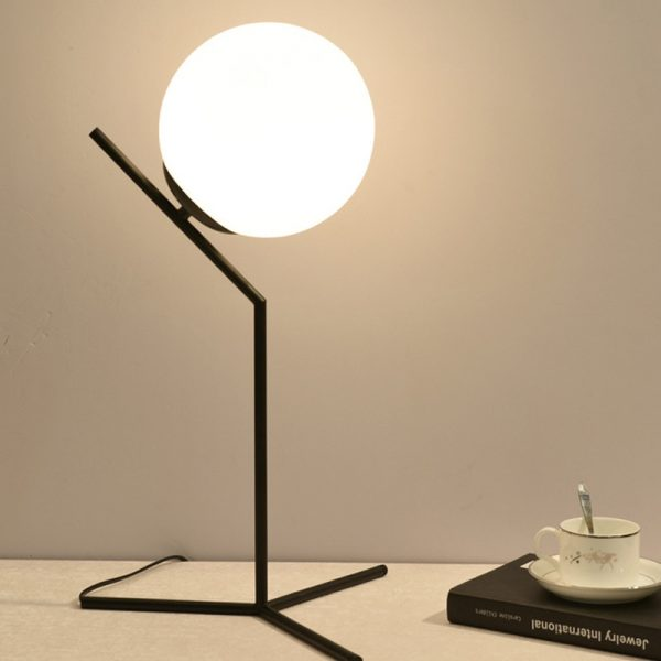 Minimalist table lamp in gold and white glass, modern Nordic style, with iron tripod, for living room, desk lamp, IC